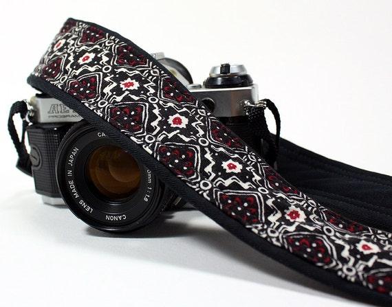 dSLR Camera Strap, Black, White, Red
