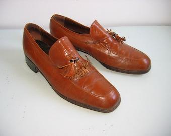 Men's Florsheim, Imperial, slip on SHOES, Vintage.  Caramel BROWN, size 10 D.