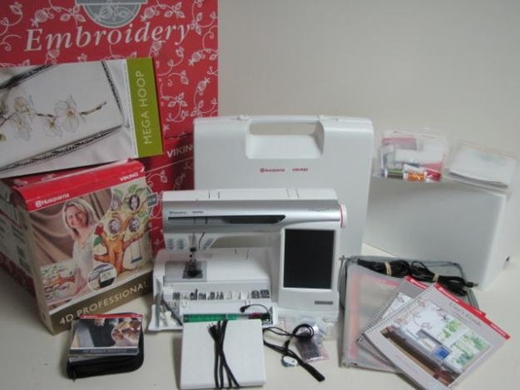 Price Reduced AGAIN - Sewing & Embroidery Machine - Designer SE - by Husqvarna Viking
