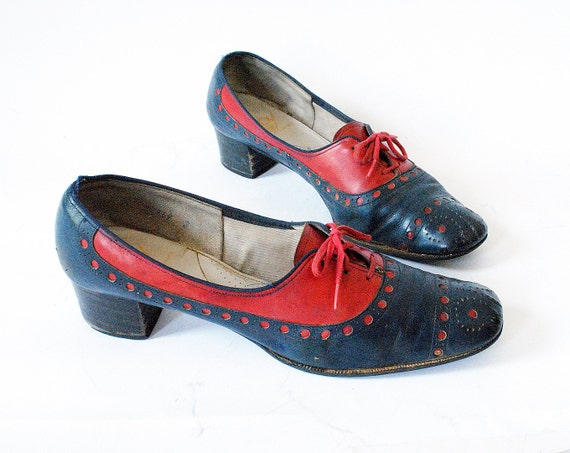 Vintage Oxford Heels Size 8 1970s Red and Blue Leather