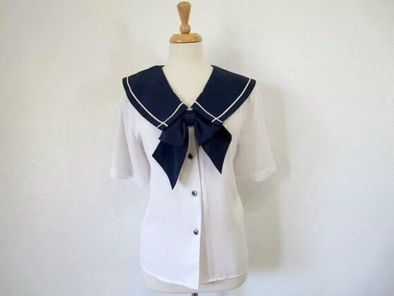 Vintage NOTCHES Sailor Blouse Blue and White Size M/L