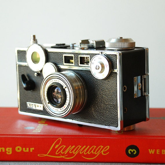 Vintage Camera 35 mm Argus C3 Standard Brick Rangefinder