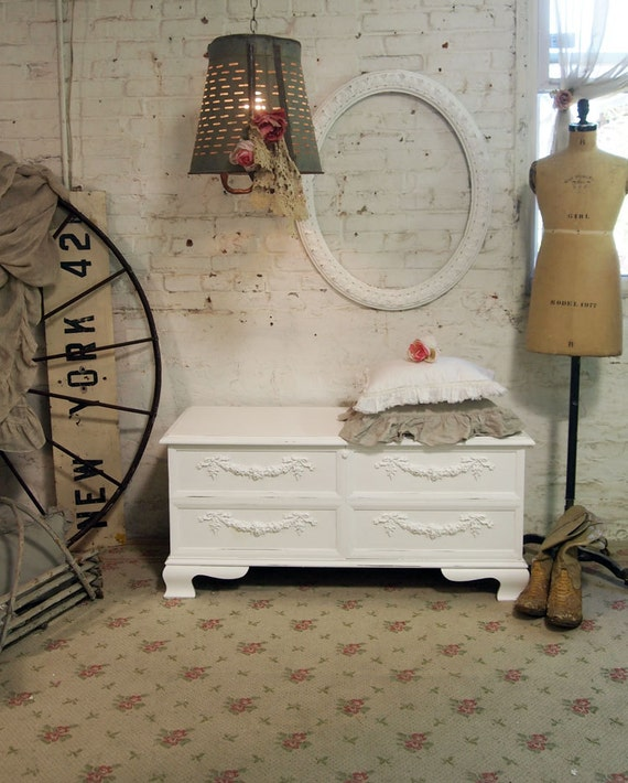 Painted Cottage Romantic Shabby White French Hope Chest VF290