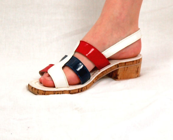 RESERVED 1970s sandals, mod 70s shoes, color blocked shoes, red white blue, patriotic shoes, cork sole, Rapallo, Size 8, Vegan