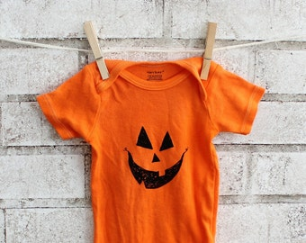 Baby Halloween Infant Creeper READY TO SHIP  Pumpkin Face Baby One piece bodysuit, Orange,  Jack O Lantern
