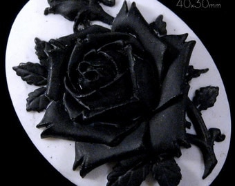 40x30mm Cameo - Black/White - Rose Solitaire - 1 pc : sku 06.08.12.4 - M16
