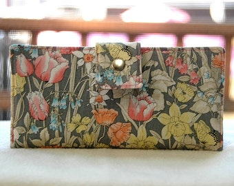Wallet clutch womens   Clutch wallet all vegan handmade gray with pastel floral