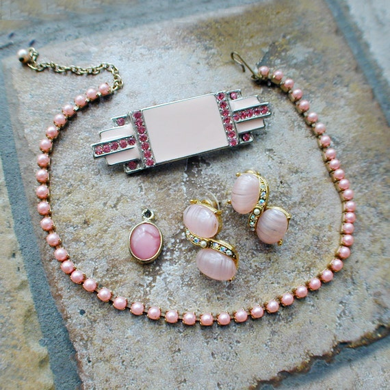 Pink Costume Jewelry Lot in Rhinestone and Glass