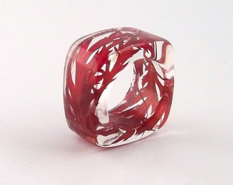 Pantone's 2015 Color of the Year: Marsala in Resin and Real Flowers!  Red Resin Ring with Lace Leaf Japanese Maple. Lucite Acrylic Ring