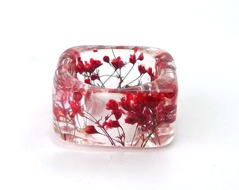 Red Resin Ring. Botanical Pressed Flower Resin Ring.  Square Ring. Handmade Jewelry with Real Flowers - Red Baby's Breath