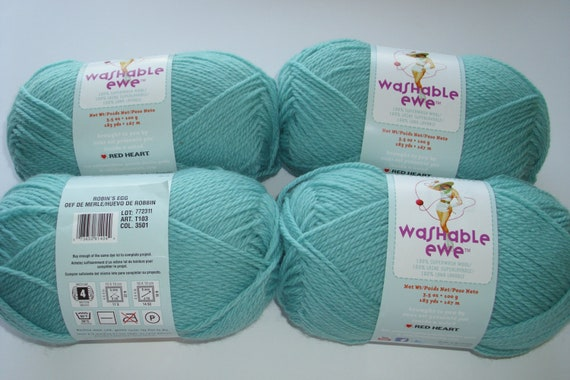 Washable Ewe Knitting Yarn 4 skeins Robin's Egg