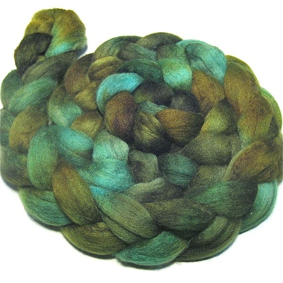 Polwarth & tussah silk roving 4.3 oz Mossy Woods