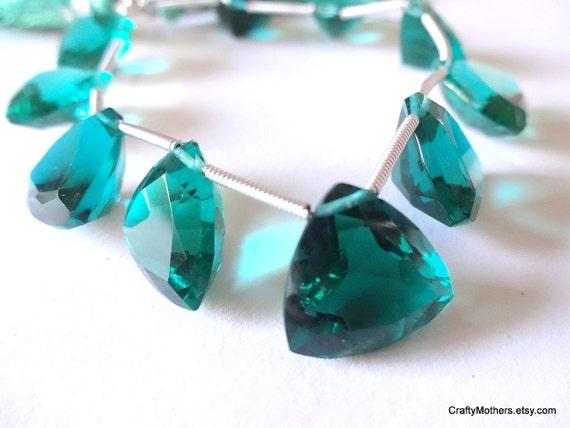 SALE - Teal Green Quartz Faceted Trillion Cut Stone Briolettes - (1) Matched Pair, 14mm