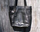 Vintage Coach Black Leather Shoulder Bag Big Bag