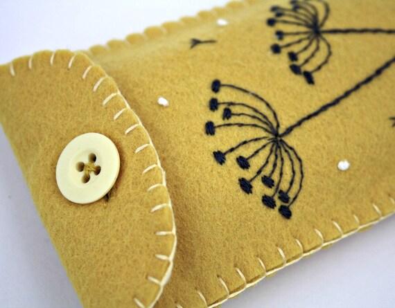 Felt phone case, i pod, gadget cover. Seedheads, yellow.