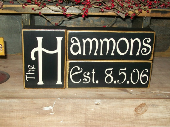 New Design Custom Primitive Personalized Marriage Family Name Wood Sign Blocks Distressed Country Decor