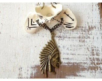 Super SALE TAXIDERMY COUTURE Hand Painted Arrow Coyote Vertebrae Tribe Chief Necklace- Antique Brass