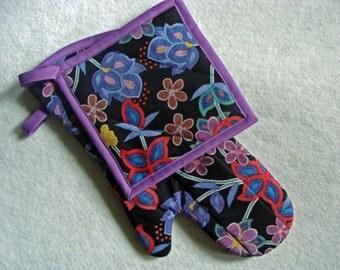 oven mitt & pot holder - turquoise beaded floral print