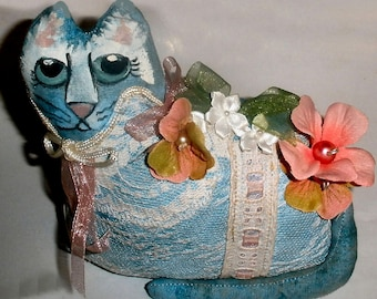Fat Cat shelf sitter with lace and painted face