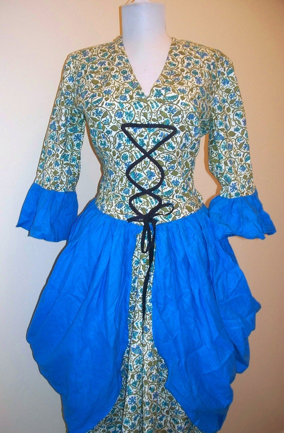 VINTage 70s Wench - milk maid - 17 century -  costume all home made with side metal zipper