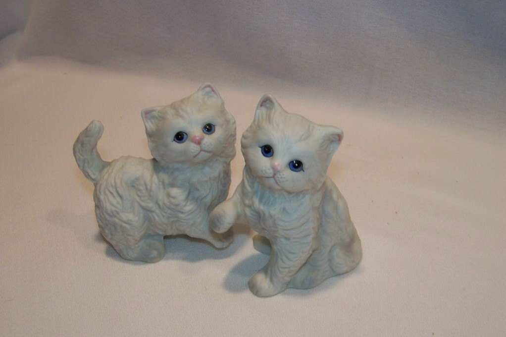 Pair of vintage home interiors homco collectible kitten Home interiors figurines homco