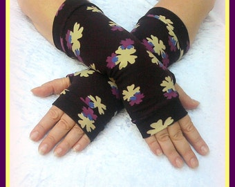 SALE GLOVES Fingerless  gloves  with pattern