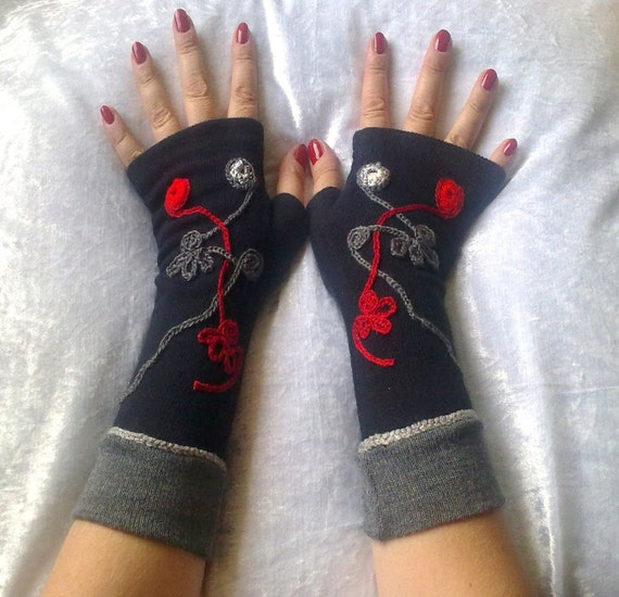 Black fingerless  gloves with embroidery and gray cuff   Winter gloves