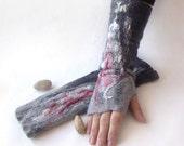 Felted Mittens fingerless gloves  -  Grey White red