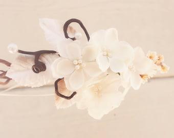 bridal headband, wedding accessories, woodland wedding  crown, bridal hair crown, woodland hair crown, pinecone hair crown