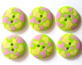 15pcs Cute Heart Printed Retro Button Size 23 mm Green (yellow and pink heart)