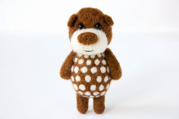 Brown pocket  bear with white polka dotts 45