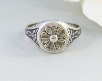 Sea Blossom,Ring,Silver Ring,Silver Blossom,Ring,Flower Ring,Antique Ring,Antique Silver,Victorian,Handmade jewelery by valleygirldesigns.