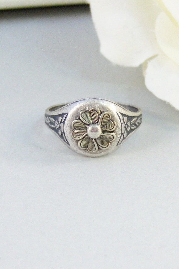 Sea Blossom,Ring,Silver Ring,Silver Blossom,Ring,Flower Ring,Antique Ring,Antique Silver,Victorian,Handmade jewelery by valleygirldesigns.