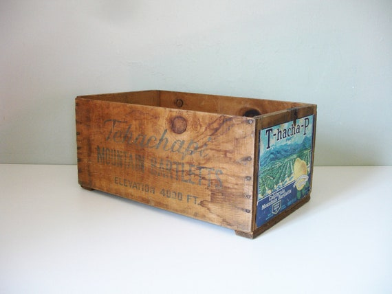 tehachapi mountain bartletts wood crate from california