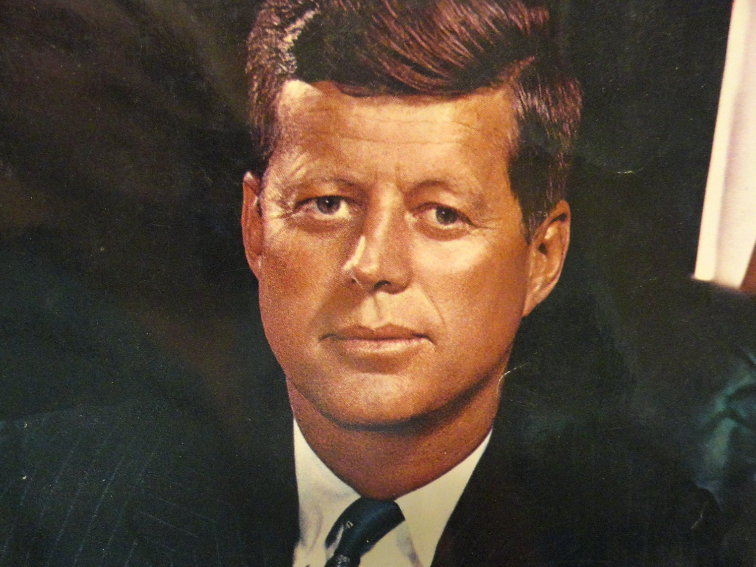 was jfk a good president essay Get started criteria for a good president paper details: the president i choosed is john f kennedy please answer these questions about him: 1 explain john f kennedy's criteria consensus for good president-demonstrated by a spectrum 2 characteristics of background information that would be.