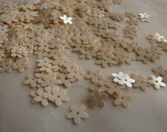 7g of 7 mm 5 Petals Flower Sequins in Pearl Eggshell Color