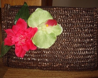 HOLIDAY IN BAHAMAS Orchid Brown Straw Clutch