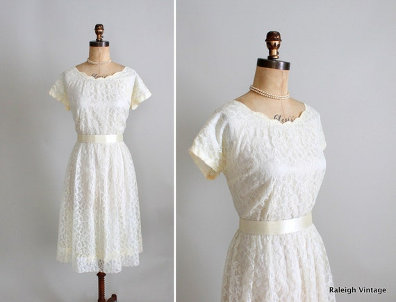 Vintage 1950s Dress : 50s 60s Ivory Lace Wedding Dress Plus Size