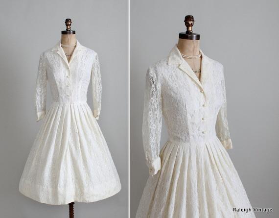 Vintage 1960s Wedding Dress : 50s 60s Cream Lace Shirtwaist