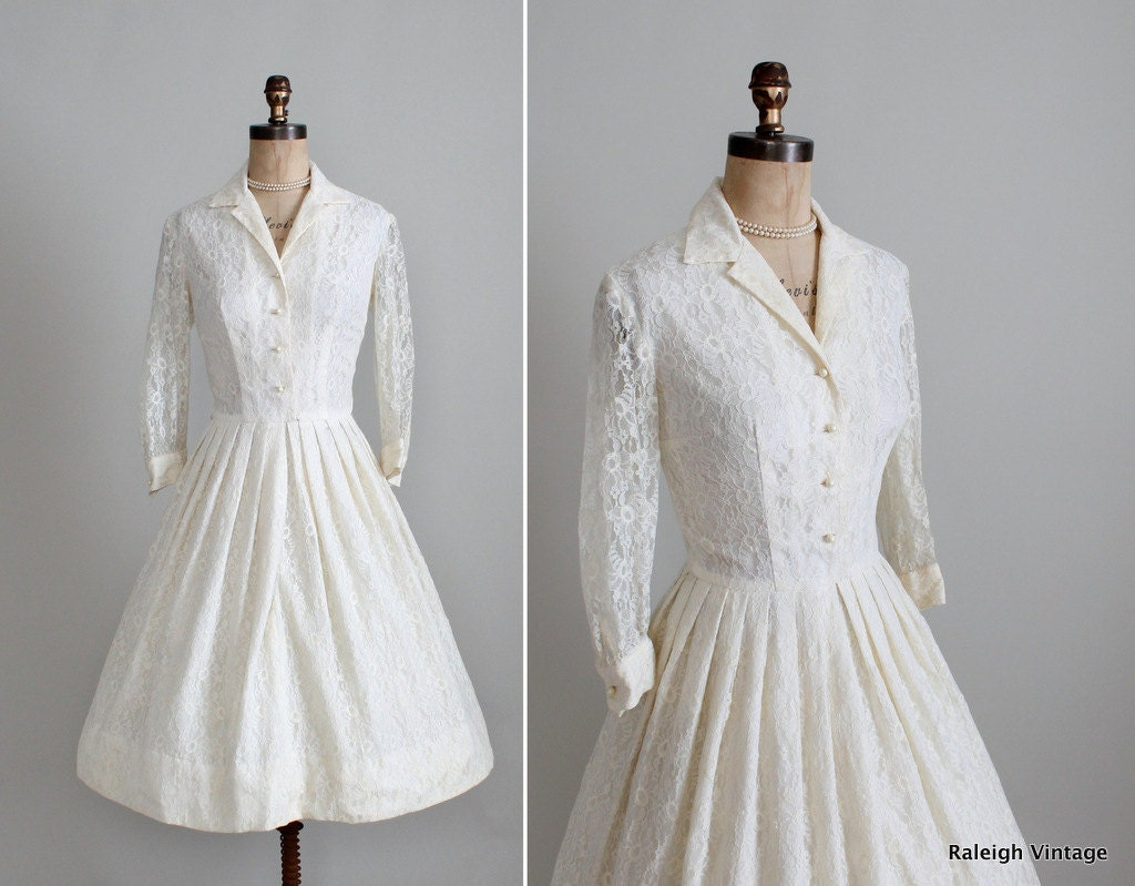 Vintage 1960s wedding dress 50s 60s cream lace shirtwaist for Vintage wedding dress 60s