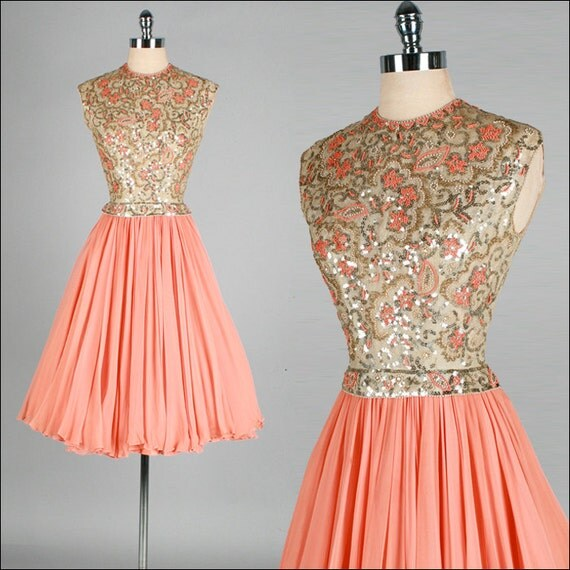 Vintage 1950s 1960s Dress . Peach Chiffon . Gold Sequins . Full Skirt . S . 1782