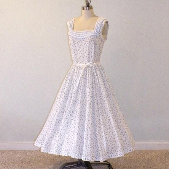 1950s Jerry Gilden Dress / 50s Dress, Blue Rosebuds Floral Print Cotton Full Skirt Garden Party Sundress, Vintage Sleeveless Summer Dress