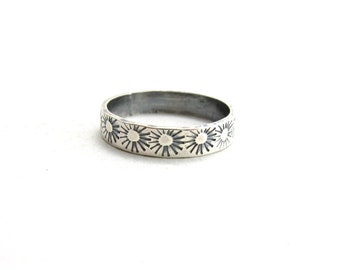 Sterling Silver Sunburst Ring Simple Ring Band with Suns Stamped Jewelry