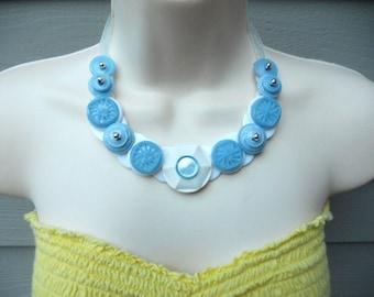 Got the blues button necklace
