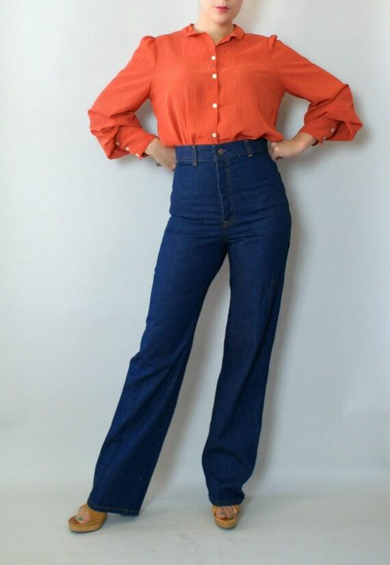 Vintage 1970s Levis  -  High Rise Fit Denim Jeans Small - 70s Dark Blue Wash Denim Jeans