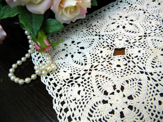Crochet Doily in Cream - Hand Crocheted Placemat 8040
