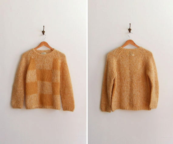 SALE////vintage 1950s yellow checkered mohair sweater