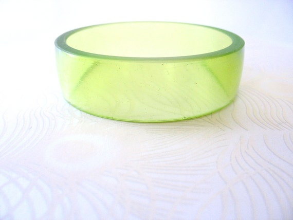 Resin Bangle , Mint Green Resin Bangle Bracelet Jewelry , Pale Green Unique Broad Wide Resin Bracelet Bangle , bangle , bracelet , jewellery