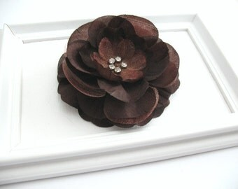 Chocolate Brown Flower Hair Clip with Rhinestone Center, Bridal Wedding Hair Accessory, Thanksgiving Brown Hair Clip, Large Flower Hair Clip