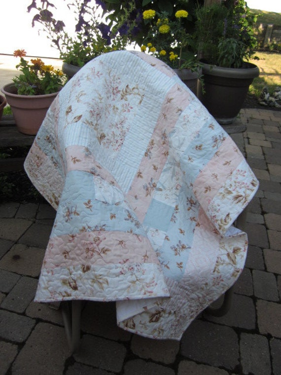 Shabby Chic Soft Pastel Log Cabin Quilt